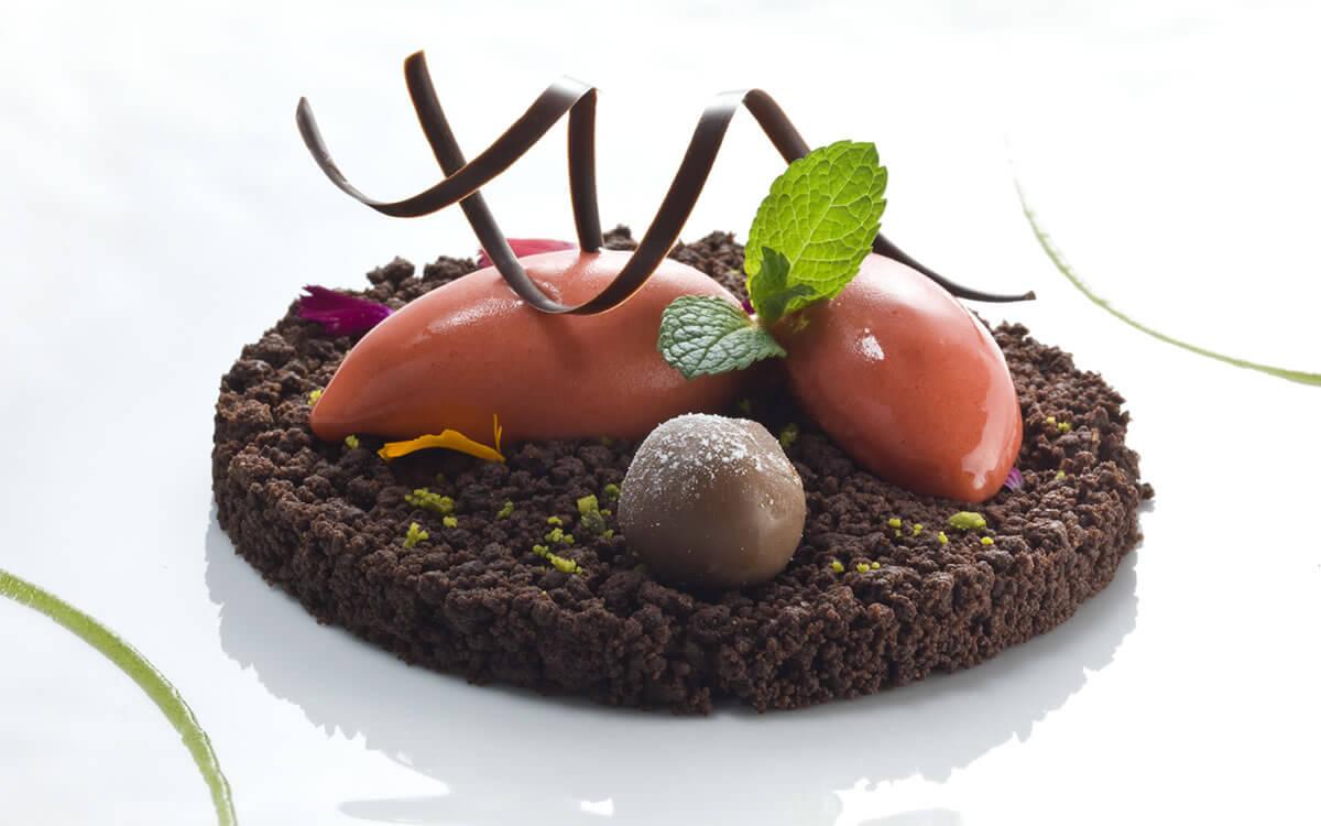 pergola-strawberries